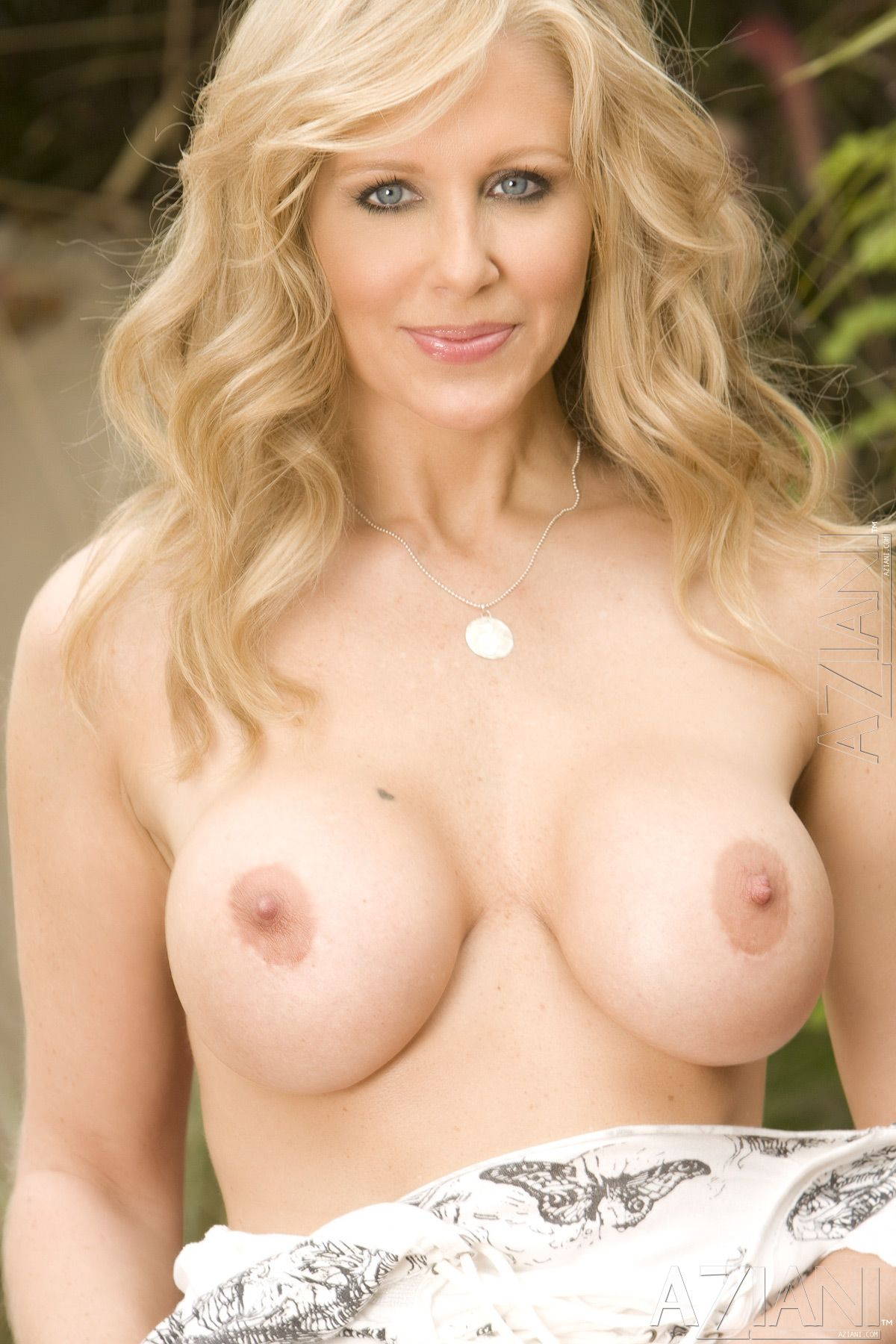 from Kaiden sexy pix of julia ann nude