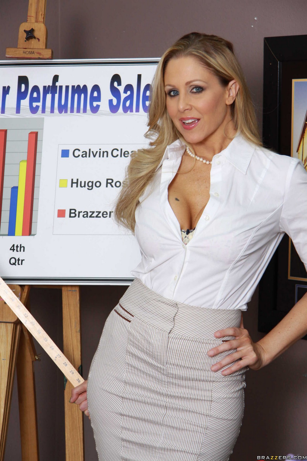 Julia Ann Works Her Sexiness At The Office For His Cock